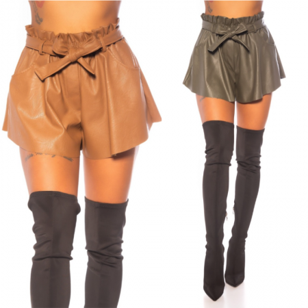 Pantalone pantaloncino corto vita alta in similpelle ecopelle con cintura